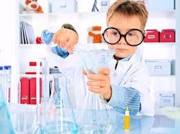 3 divertidos experimentos para niños usando el agua